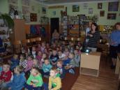 Spotkanie przedszkolaków z książką